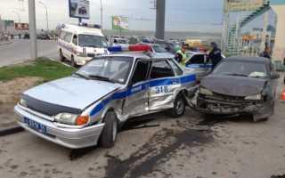 Водитель на служебной машине попал в дтп